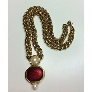Monet Gold Necklace Collar Chain Pearl Red Pendant